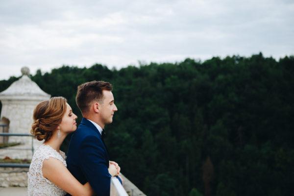 sesja ślubna ojców pieskowa skała para młoda